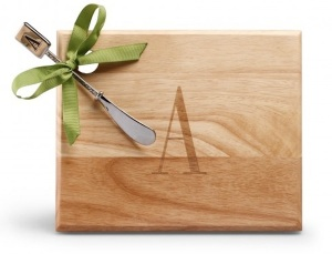 C-Wonder-Monogram-Cheese-Board-with-Spreader
